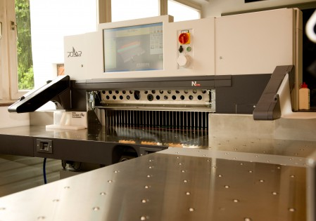 8,888th POLAR High-Speed Cutter installed in the central sales district of Heidelberg Germany